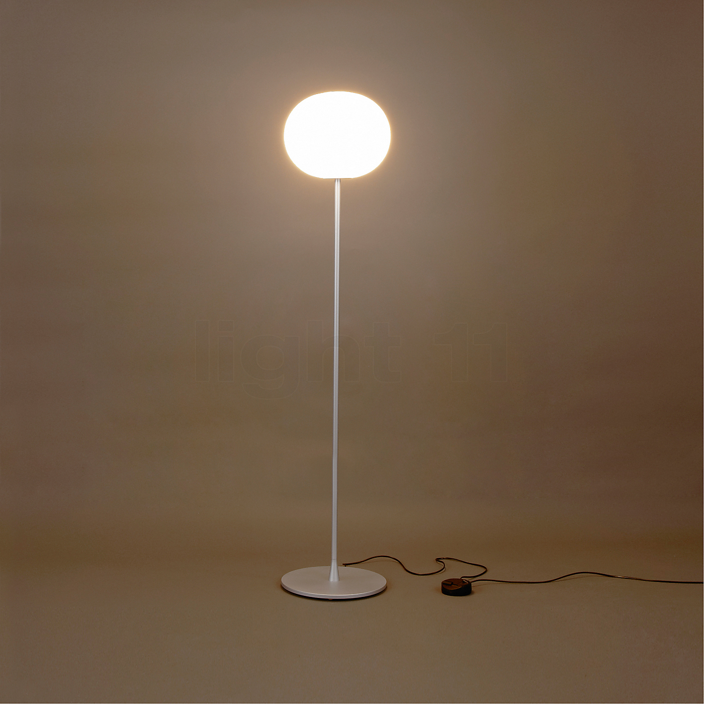 flos glo ball f2 floor lamps buy at. Black Bedroom Furniture Sets. Home Design Ideas