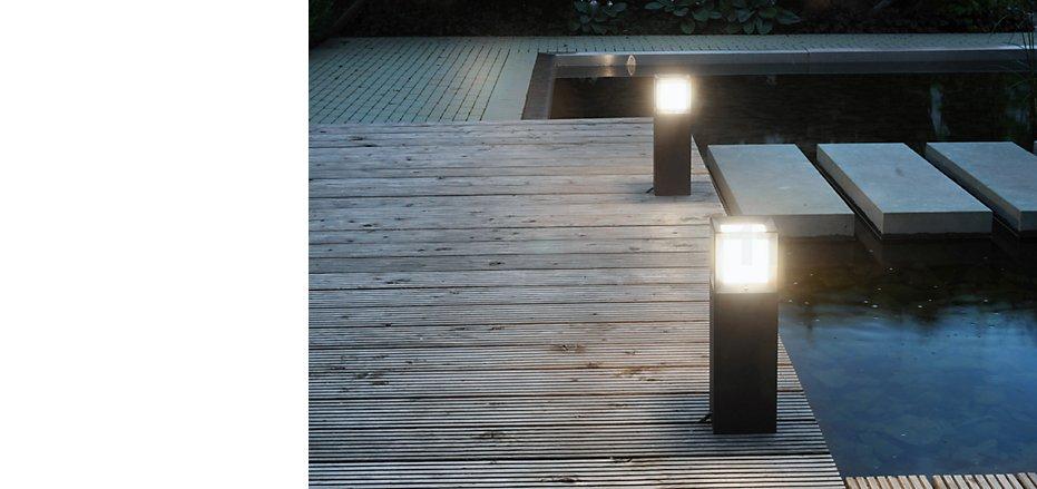 Potelets lumineux et bornes de jardin pour extérieurs sur light11.fr