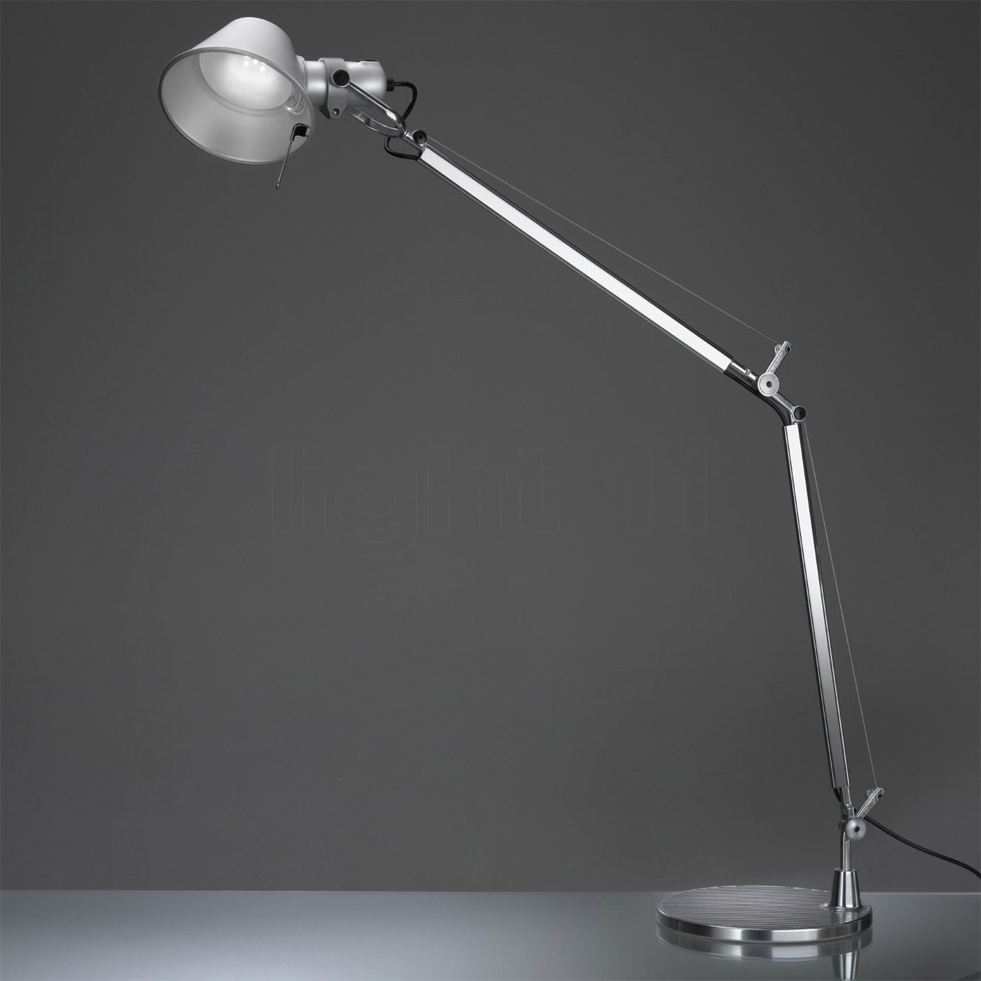 buy artemide tolomeo tavolo led at
