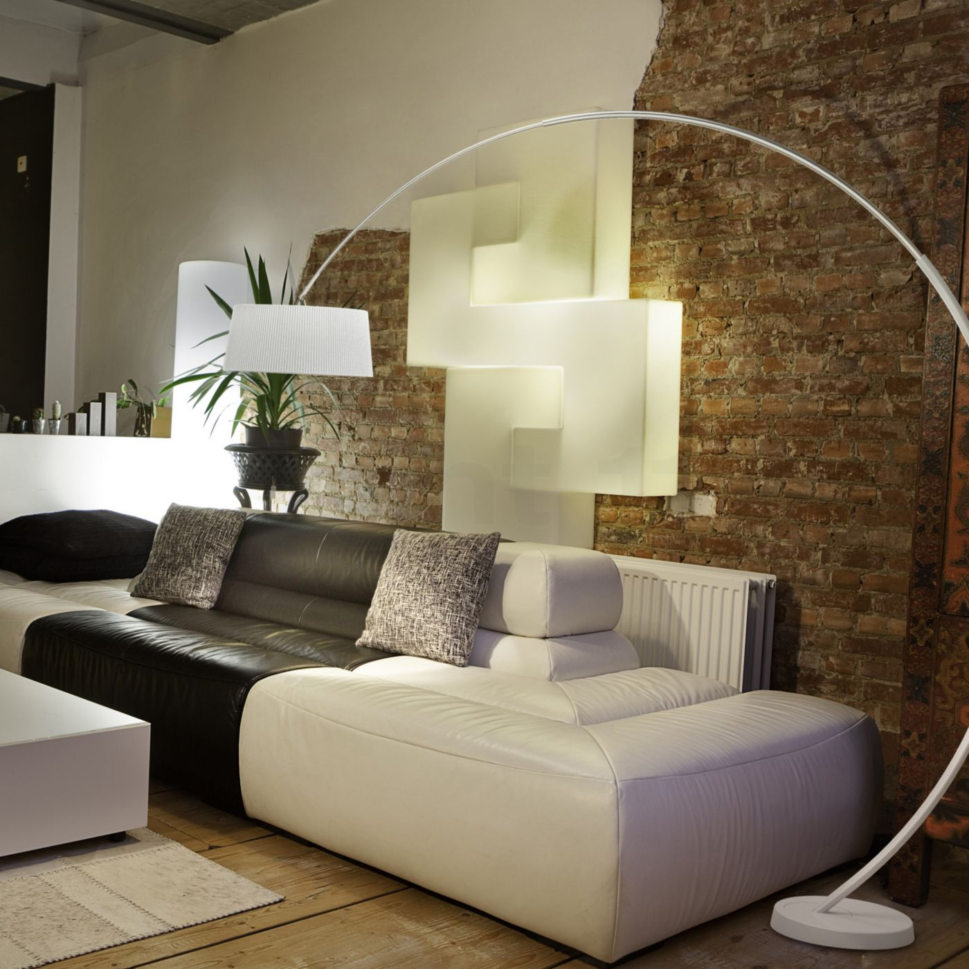 Grok by LEDS-C4 Hoop Lampada ad arco - light11.it