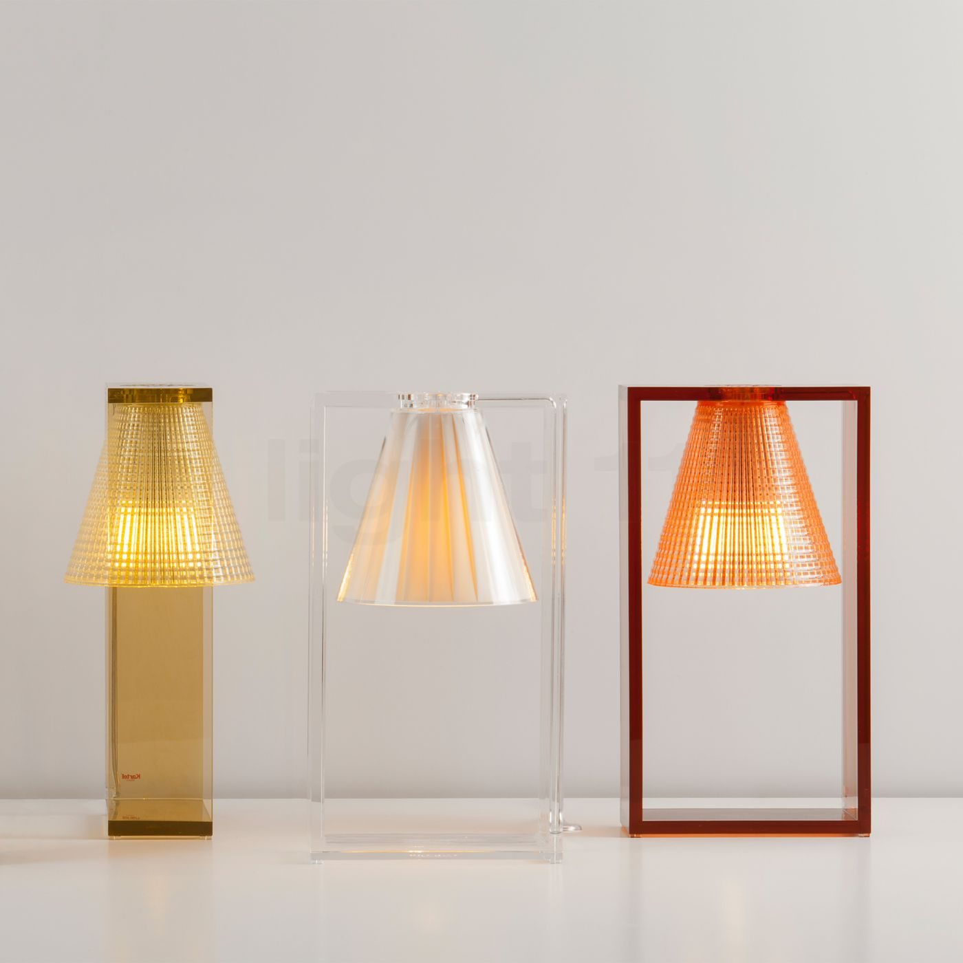 Compra Kartell Light-Air Lampada da tavolo su light11.it