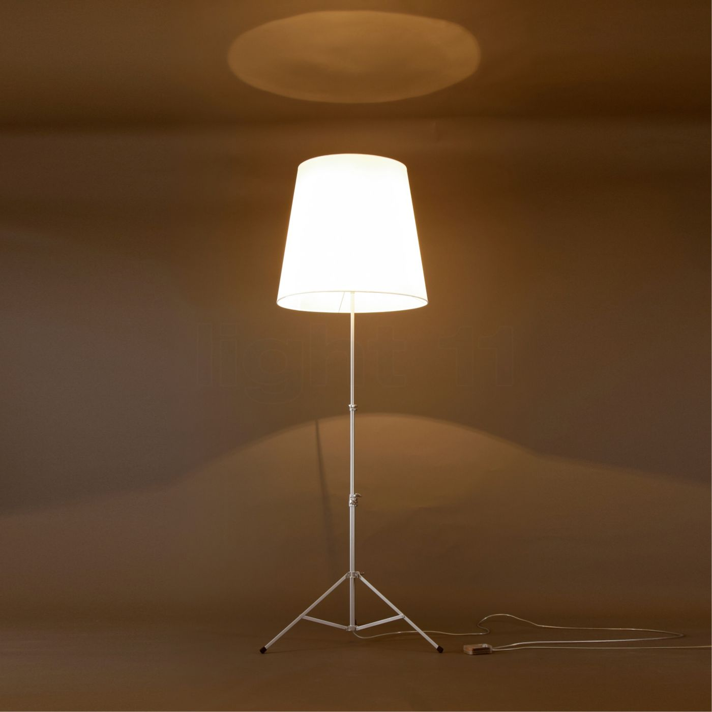 Pallucco Gilda Reading lights buy at light11.eu