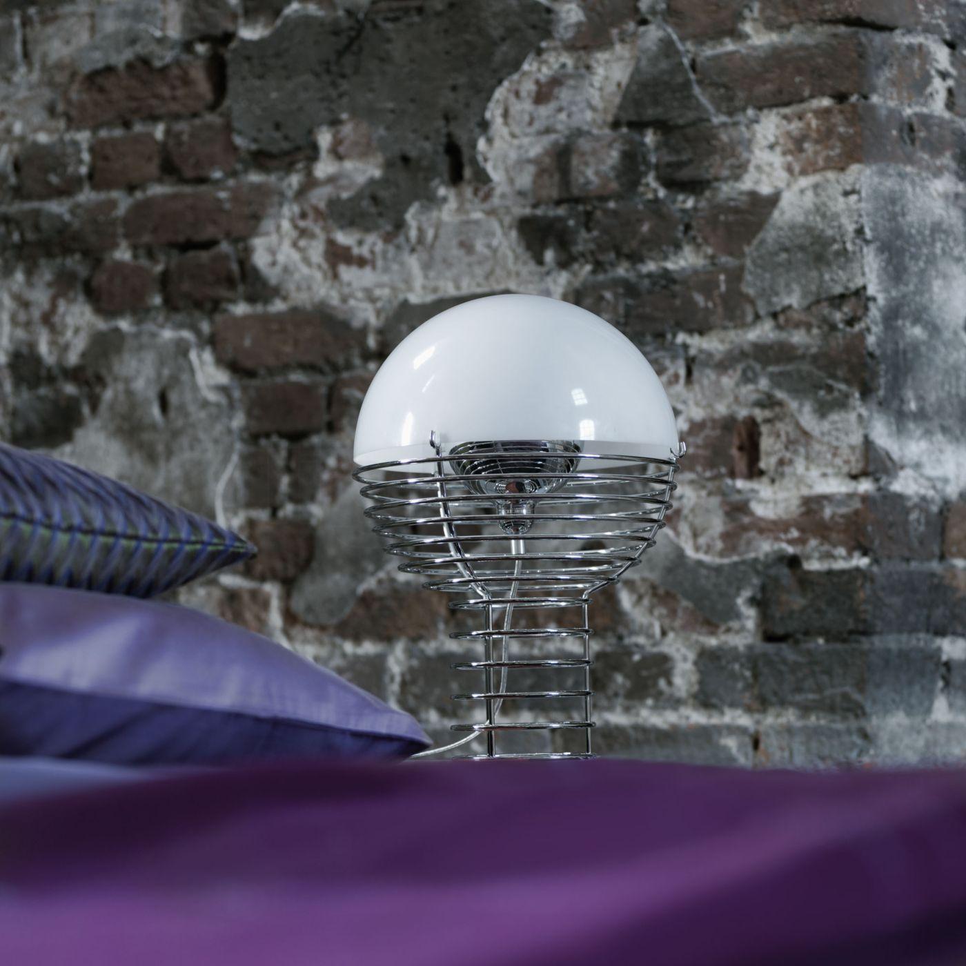 Buy Verpan Wire Table lamp at light11.eu