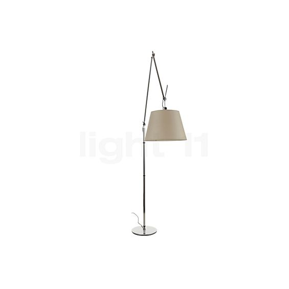Artemide Tolomeo Mega LED Terra with touch dimmer in the 3D viewing mode for a closer look