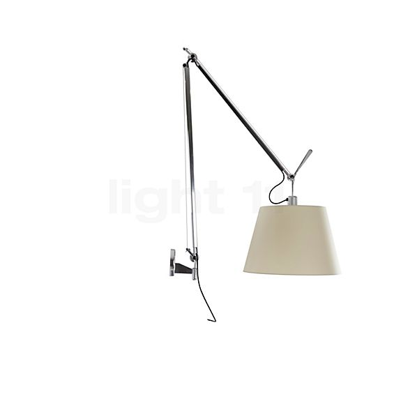 Artemide Tolomeo Mega Parete LED in the 3D viewing mode for a closer look