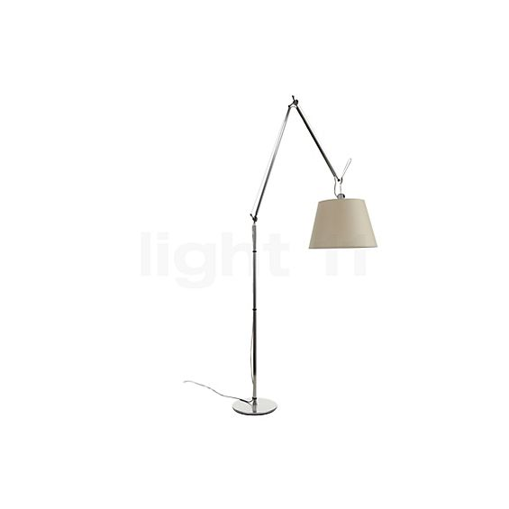 Artemide Tolomeo Mega Terra with dimmer in the 3D viewing mode for a closer look