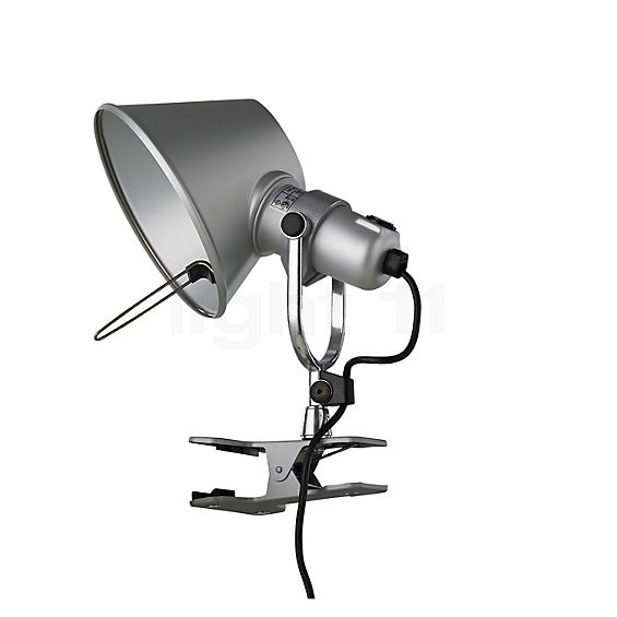 Artemide Tolomeo Pinza LED in the 3D viewing mode for a closer look