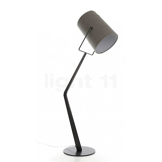 Diesel with Foscarini Fork Terra in the 3D viewing mode for a closer look
