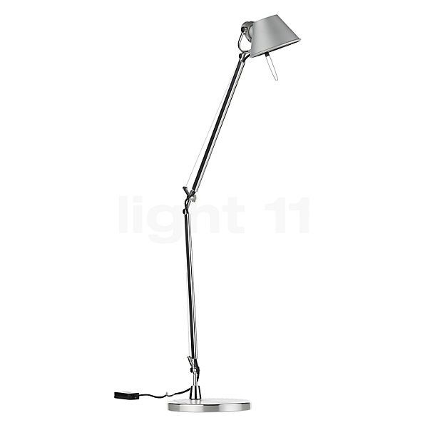 Artemide Tolomeo Midi Tavolo LED in the 3D viewing mode for a closer look