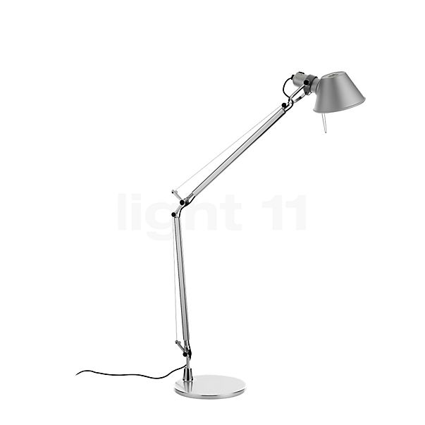 Artemide Tolomeo Tavolo LED in the 3D viewing mode for a closer look